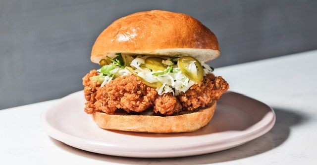 Mei Lin's Casual Fried Chicken Sandwich Restaurant Comes to Silver Lake in August