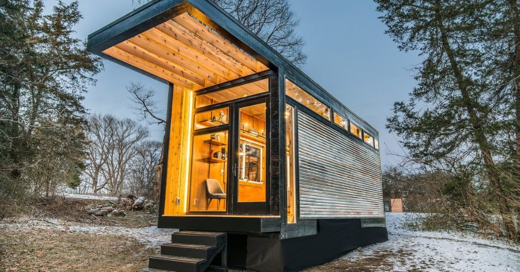 Dashing tiny house also serves as writing studio and library