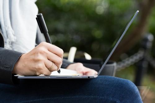 Lenovo Yoga Book review: the unbearable lightness of computing