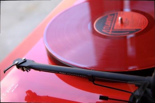 Amazon vinyl sales up 745 percent since 2008, but it won't save music