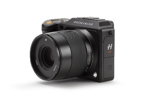 Hasselblad's special edition all-black X1D looks sick