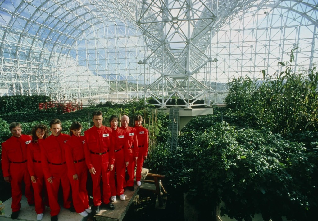 In 1991, a group of 8 people isolated themselves for 2 years. Spaceship Earth tells their story.