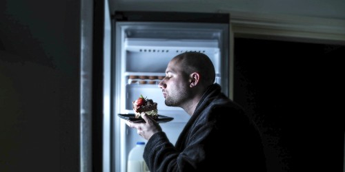 Nutrition: 10 Foods to Avoid Before Bed if You Want to Sleep Better