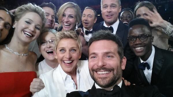 Ellen earns the most retweets ever for her Oscars selfie