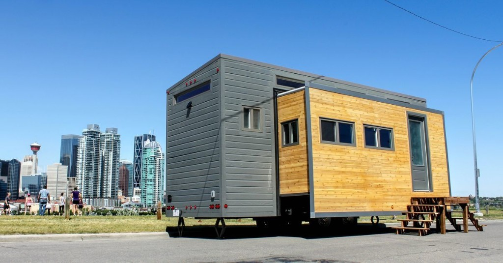 Expandable tiny house pops out for extra space