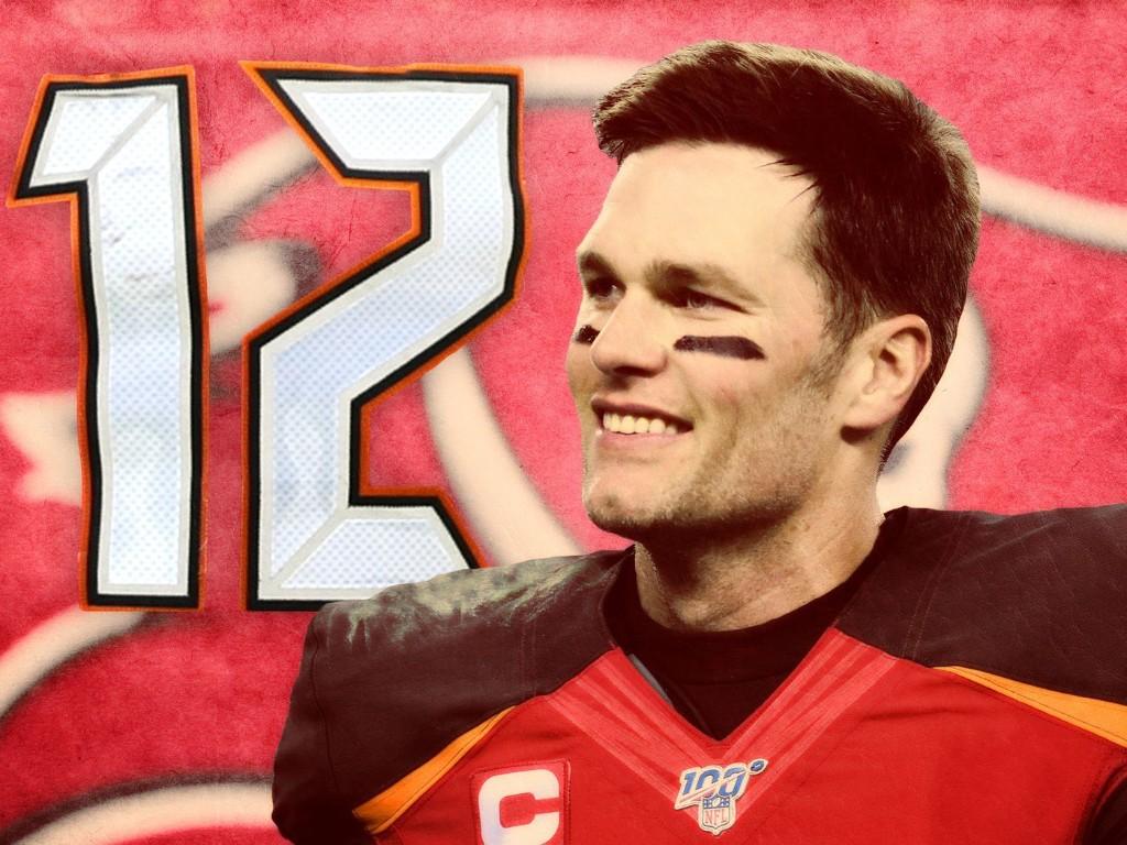 Brady Signs with the Bucs
