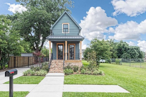 Fixer Upper's 'tiny house' wants nearly $1 million