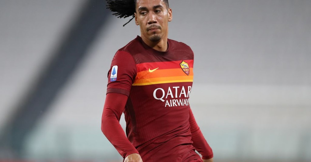 Manchester United and Roma fail to agree deal for Chris Smalling