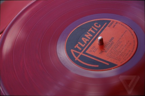 Music streaming and vinyl boomed in 2014, but everything else tanked