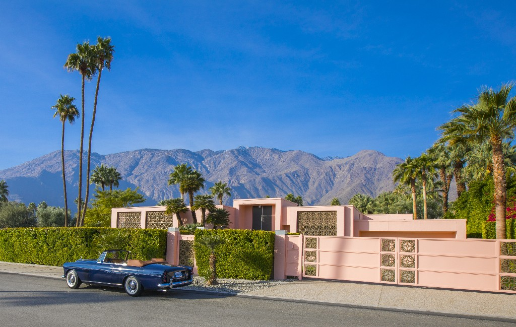 Palm Springs - cover