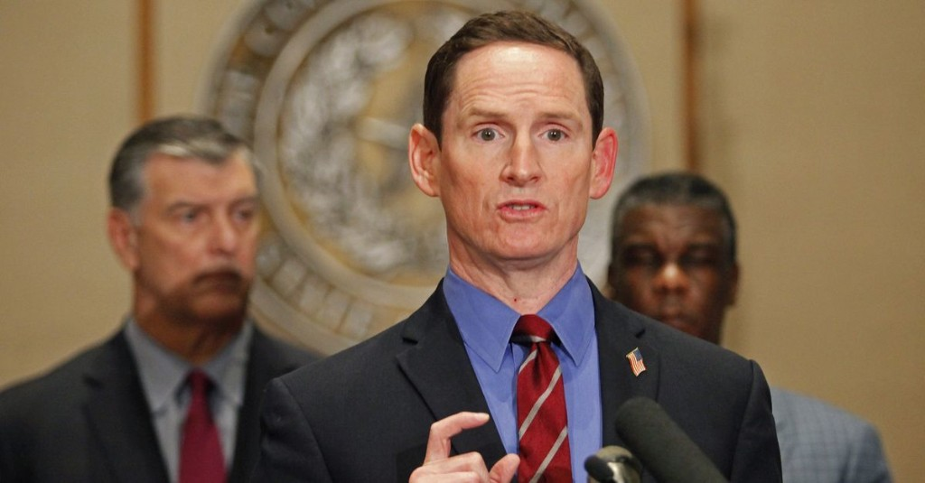 Judge Clay Jenkins Urges People in Dallas County to Stay Out of Restaurants Yet Again