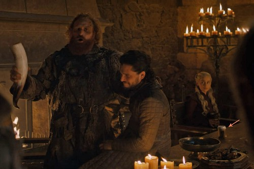 Is that a Starbucks cup in Game of Thrones?