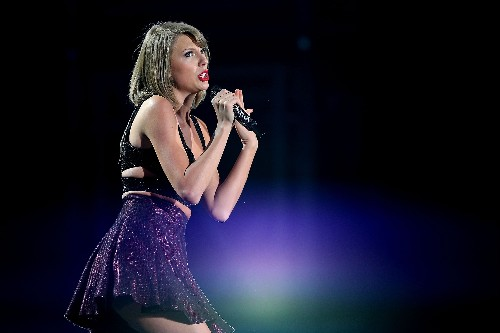 Apple Music had some struggles streaming its exclusive Taylor Swift world tour documentary to fans
