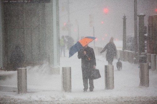 How do we tell how much snow fell in a storm?