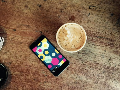 iPhone puzzle game Kami 2 goes perfectly with your morning coffee