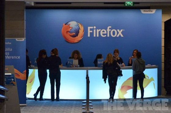 Mozilla CEO resists calls to resign amid furor over anti-gay marriage donation