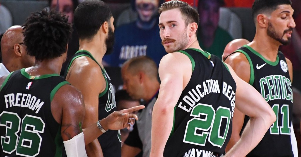 Hayward Flees Boston, MVP Mahomes, the NFC Least, and #FreeHerbert With Cousin Sal