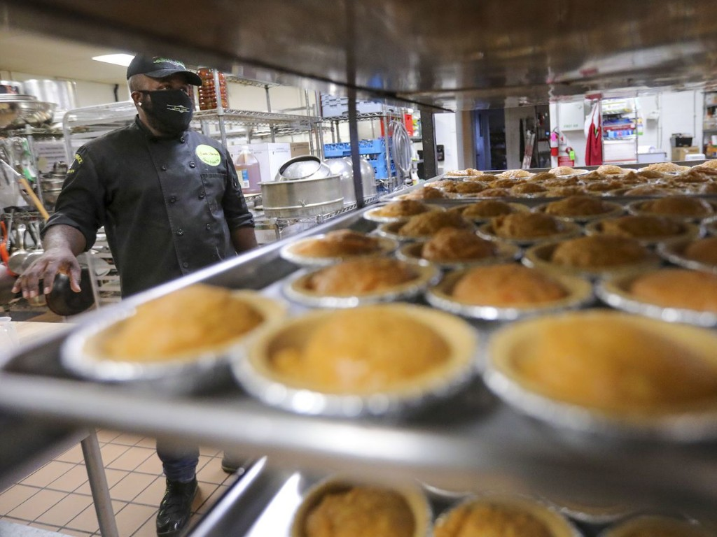'It's all God': The story of faith behind this Utah man and his sweet potato pies