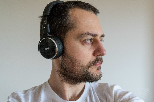 AKG's wireless N60 NC headphones are even better than the wired ones