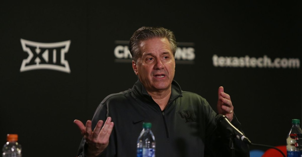 John Calipari and Mark Stoops among the top-25 highest paid head coaches in the country