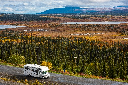 38 must-have apps for summer camping and road trips
