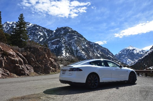 Tesla Model S may get 'Bioweapon Defense Mode' and 100kWh battery option this week