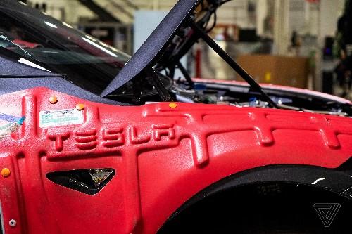 Tesla lost $702 million last quarter after drop in Model 3 deliveries