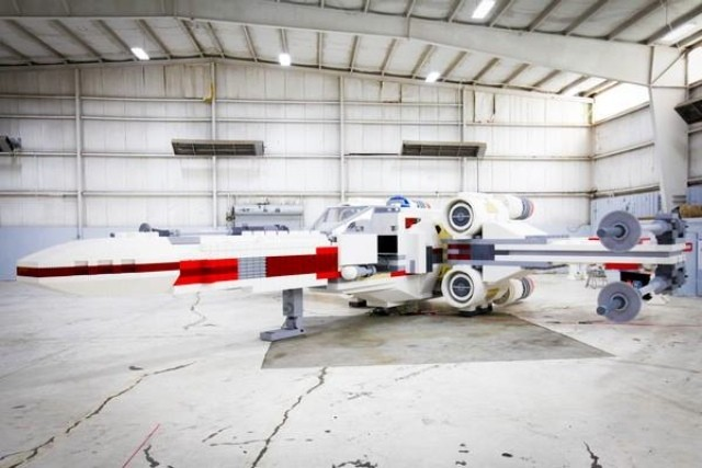 Life-sized Lego X-Wing smashes world record with 5 million bricks
