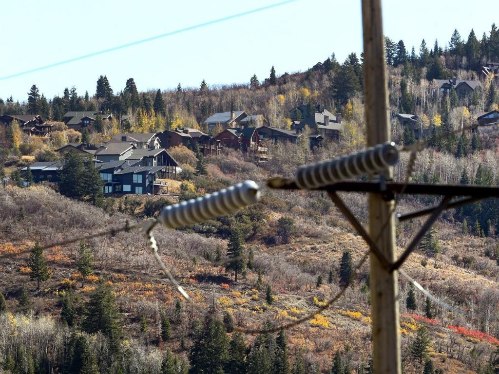 Wildfire risks may instigate power blackouts in 2 Utah communities