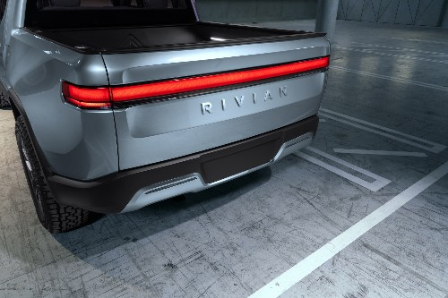 Ford will build an electric pickup truck using EV startup Rivian's tech