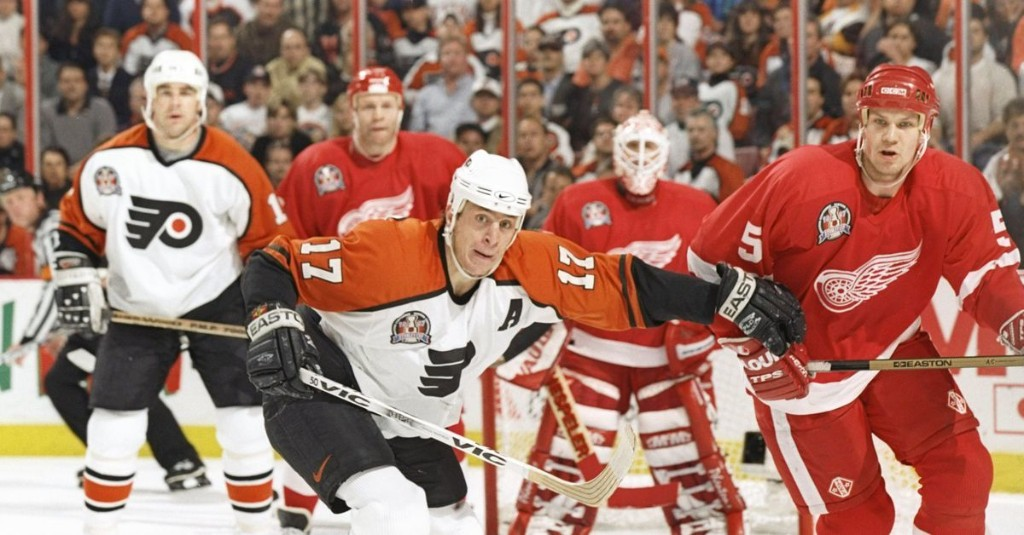 On this date in Flyers history: Rod Brind'Amour scores twice, but it's not enough in game 2 setback in 1997 Stanley Cup Finals