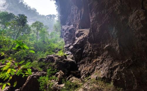 Take a virtual journey through Vietnam's massive Son Doong cave