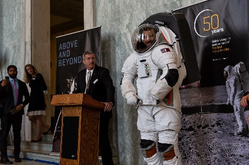 This company says it has a lunar space suit that will be ready for NASA's 2024 Moon mission