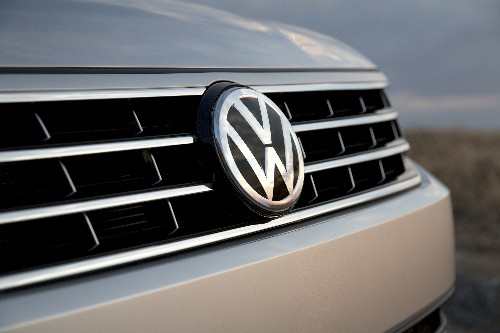 Volkswagen and US government given more time to hammer out diesel settlement