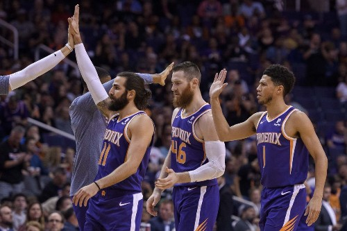 Young Phoenix Suns growing up with Ricky Rubio, Aron Baynes mentoring