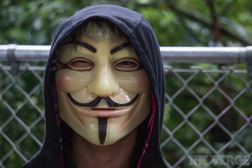 Canada criminalizes masks at 'unlawful' protests with up to 10 years in prison