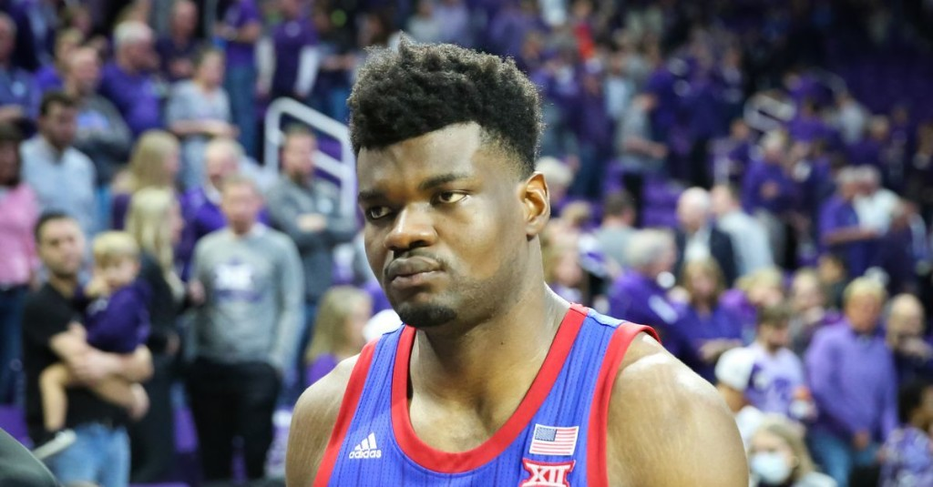 Notebook: Azubuike Mauls Being Questionable for Senior Night