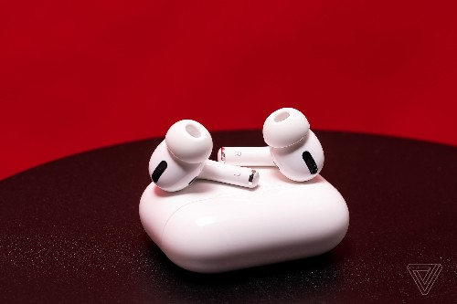 How to use your AirPods with an in-flight entertainment system