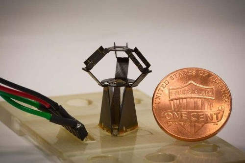 This tiny robot moves so fast it's just a blur on camera