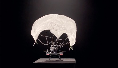 Solo drone extends its capabilities with a parachute and 360 degree camera