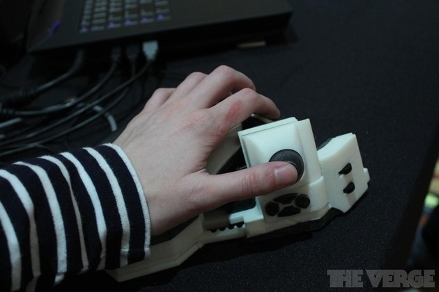 Put buttons wherever you want with the Sinister haptic PC gamepad