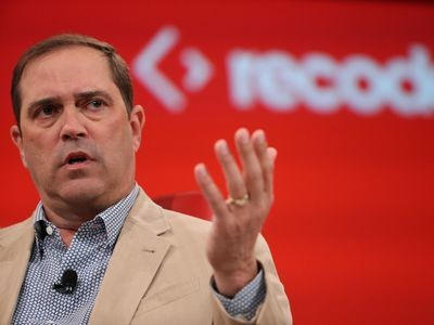 Resignations at Cisco hint at internal power struggle for CEO Chuck Robbins