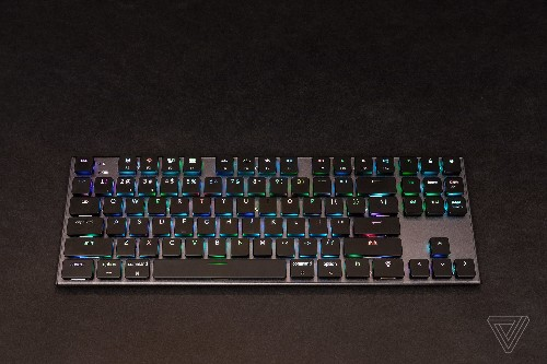 This slim wireless mechanical keyboard for the Mac almost gets it right
