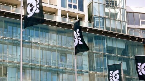 Hacker group files criminal complaint against German government surveillance