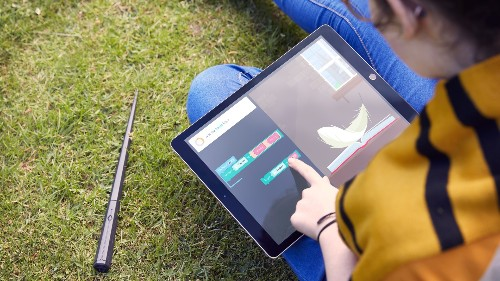 Kano tries to make learning code magical with its new Harry Potter Coding kit