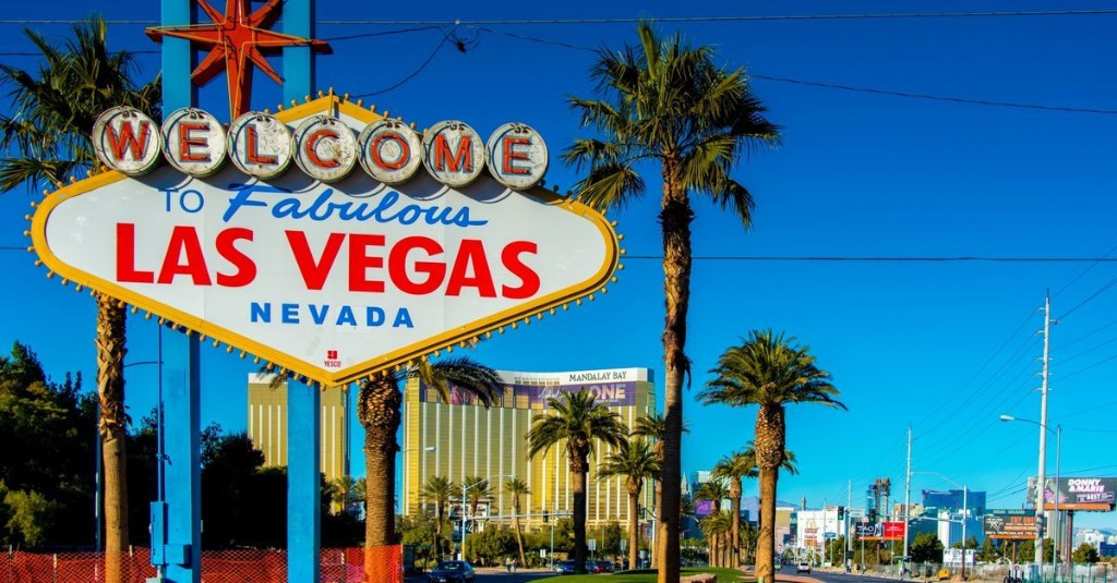 The Ultimate Visitor's Guide to Las Vegas