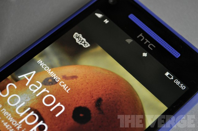 Skype for Windows Phone 8 drops the beta tag, Messenger notifications enabled by default
