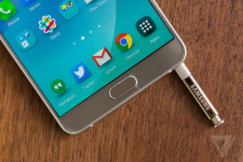 Breaking the Galaxy Note 5 is as easy as reinserting the stylus backwards