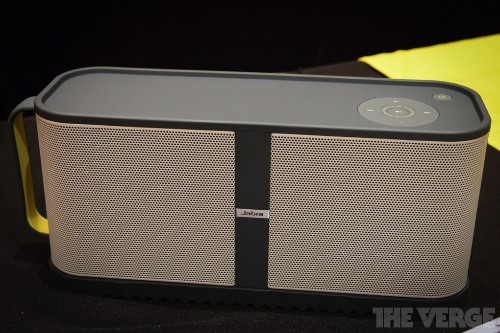 Jabra's compact Solemate Max can overcome the noise of CES