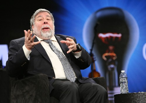 Steve Wozniak on an Apple backdoor: 'bad people are going to find their way to it'